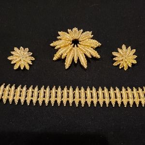 Vintage Avon Parure Bracelet, Earrings, & Pin